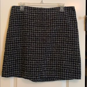 Short skirt for the office or night out.